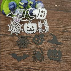 6 Dies Halloweeen